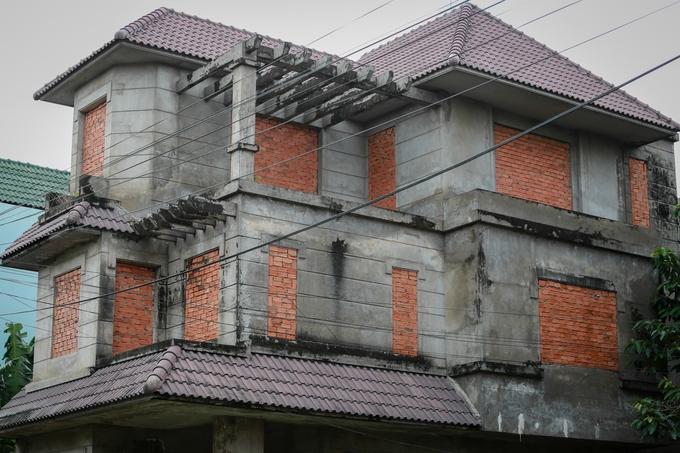 Biệt thự tiền tỷ hoang phế giữa Sài Gòn