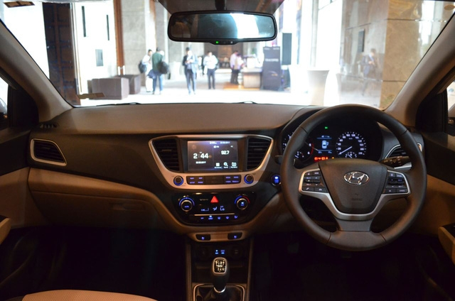 Phát thèm với xe chưa đến 300 triệu Đồng Hyundai Verna 2017 vừa ra mắt Ấn Độ - Ảnh 10.