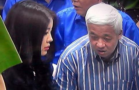 Bà Đặng Ngọc Lan và ông Nguyễn Đức Kiên (Bầu Kiên) tại một phiên toà.