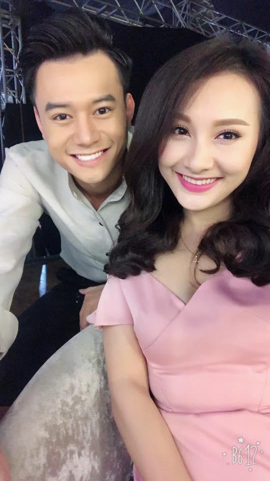 Anh Dũng và cô vợ trong phim Sống chung với mẹ chồng - nữ diễn viên Bảo Thanh.