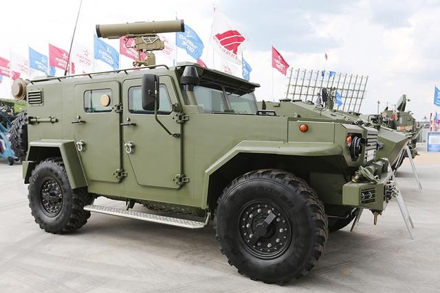 Xe đổ bộ bọc thép đa nhiệm do tập đoàn Minotor-Service sản xuất