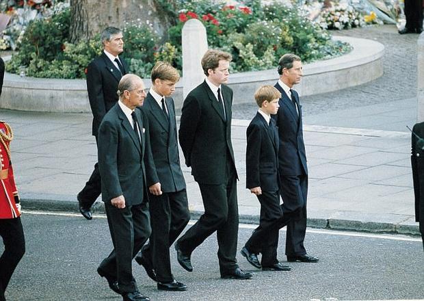 Thư ký riêng của cố Công nương Diana tiết lộ nhiều bí mật giấu kín về đời tư của bà - Ảnh 5.