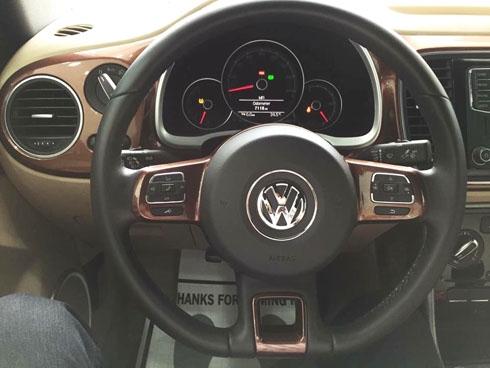 volkswagen-beetle-convertible-mui-tran-gia-gan-2-ty-tai-viet-nam-page-2-5