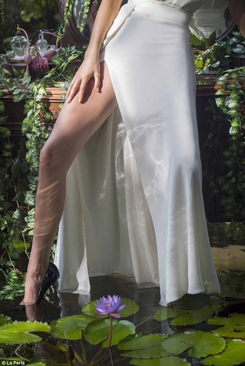 Đẳng cấp nhan sắc của Kendall Jenner: Vừa sexy nóng bỏng, lại vừa thanh cao quý phái - Ảnh 5.