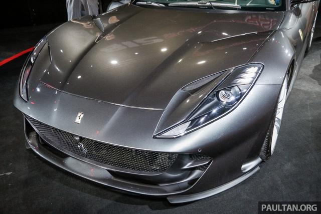 Siêu xe Ferrari 812 Superfast chính thức trình làng tại Đông Nam Á với giá chưa thuế 8,38 tỷ Đồng - Ảnh 6.