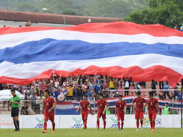 U22 Việt Nam một lần nữa sống dưới cái bóng của người Thái. Ảnh: Tiến Tuấn
