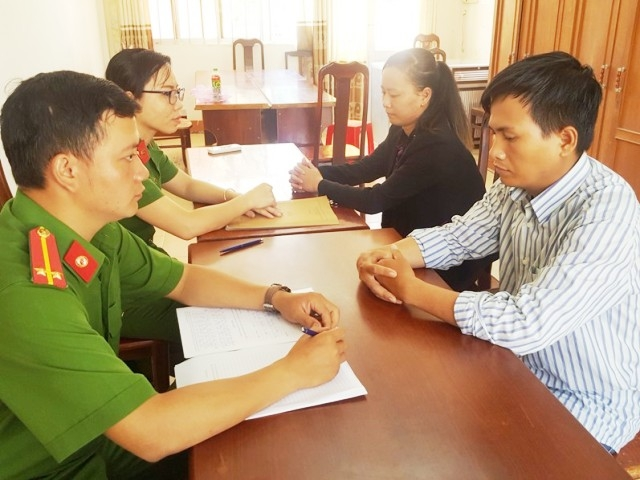 2 đối tượng Thuận và Loan.
