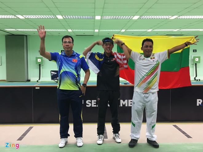 Hoang Xuan Vinh: Do la the thao, dau don lam, nhung phai doi mat thoi hinh anh 2
