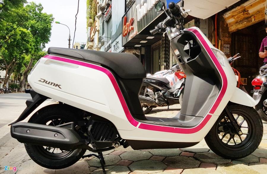 Xe tay ga 50 phan khoi Honda Dunk 2017 dau tien tai Ha Noi hinh anh 4