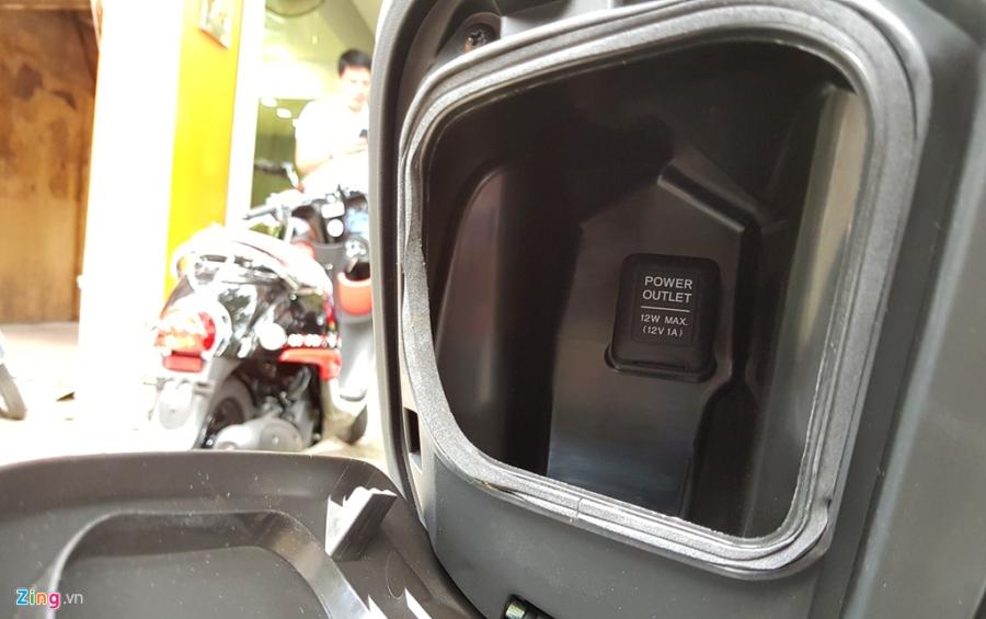 Xe tay ga 50 phan khoi Honda Dunk 2017 dau tien tai Ha Noi hinh anh 7