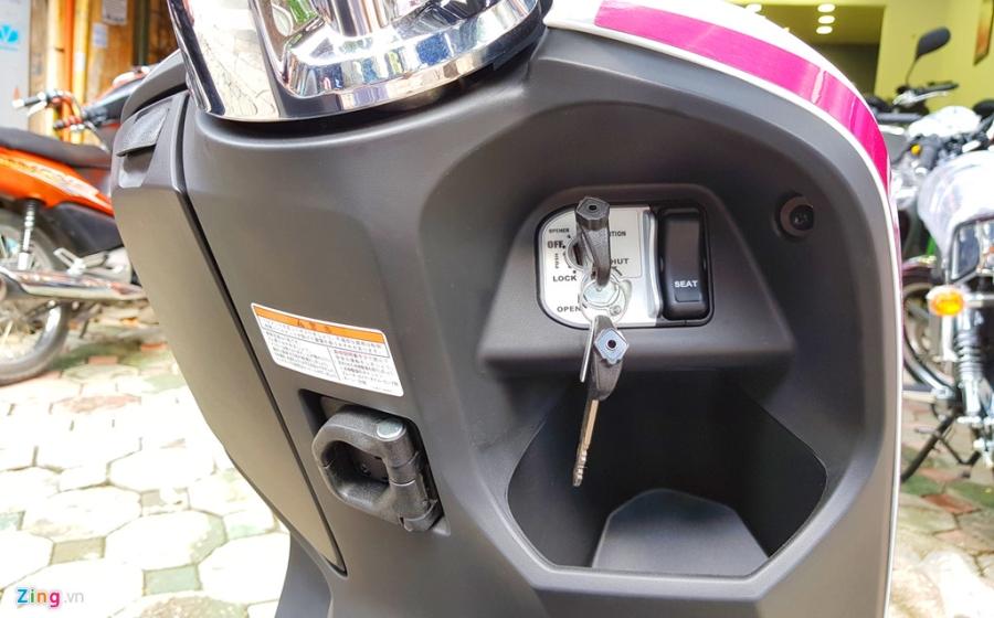 Xe tay ga 50 phan khoi Honda Dunk 2017 dau tien tai Ha Noi hinh anh 8