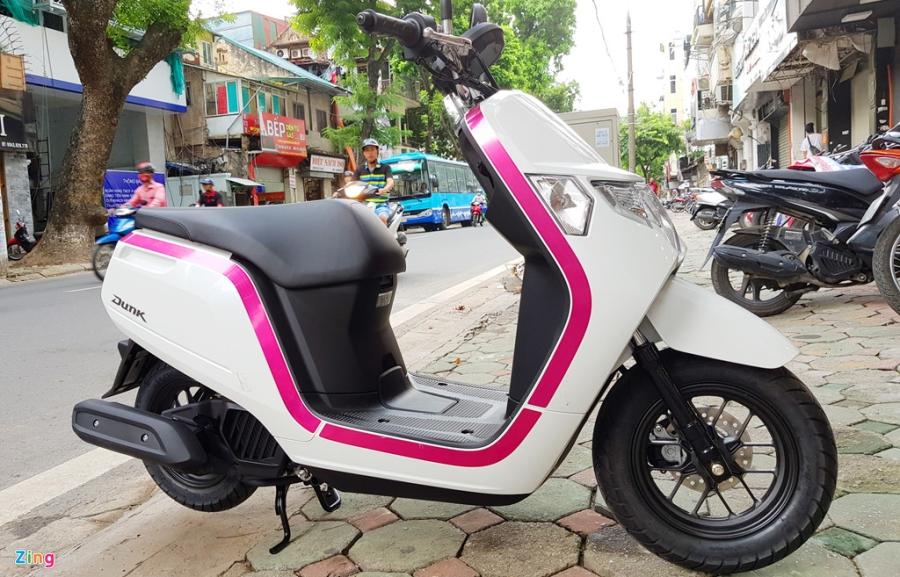 Xe tay ga 50 phan khoi Honda Dunk 2017 dau tien tai Ha Noi hinh anh 15