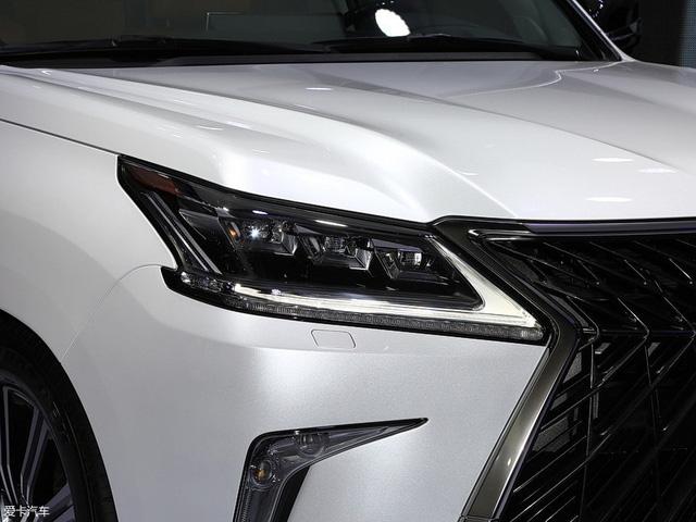 Chuyên cơ mặt đất Lexus LX570 Superior chính thức ra mắt châu Á, giá từ 5 tỷ Đồng - Ảnh 7.