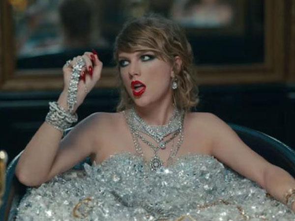 Kim Kardashian và Kanye West đã bị Taylor Swift đá xéo trong MV mới như thế nào?