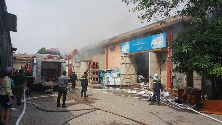 cháy kho hàng, cảng Bạch Đằng, Hà Nội