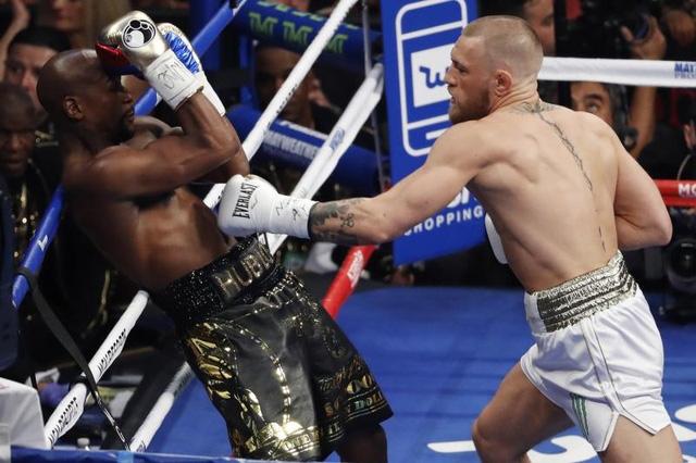 McGregor sử dụng chiến thuật đánh phủ đầu Mayweather