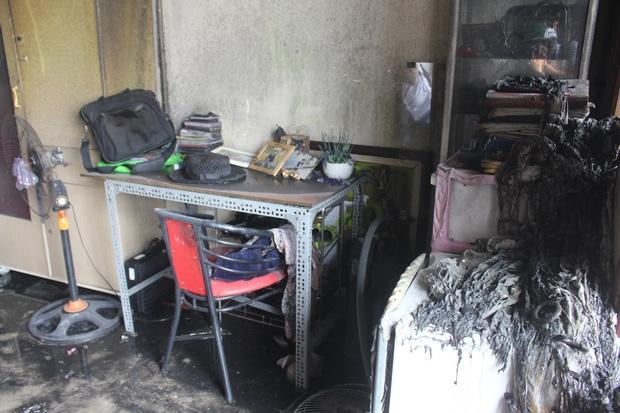 Cháy lớn tại khách sạn 5 tầng ở Đà Nẵng, nhiều tài sản bị thiêu rụi - Ảnh 3.