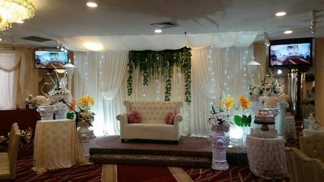 Tiệc cưới dát vàng sang trọng của cô dâu Việt lấy chồng đạo Hồi ở Singapore - Ảnh 1.