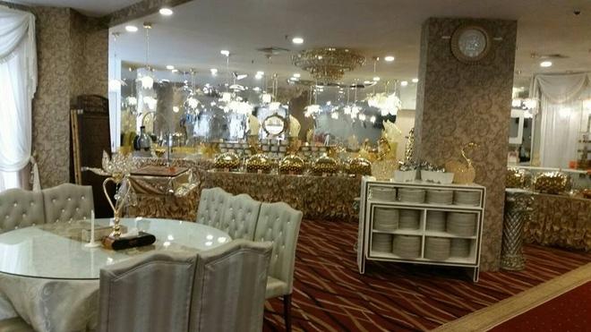 Tiệc cưới dát vàng sang trọng của cô dâu Việt lấy chồng đạo Hồi ở Singapore - Ảnh 4.