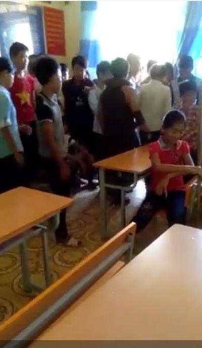 Clip nam sinh bị đấm, đá túi bụi ngay trong lớp học gây phẫn nộ - 2
