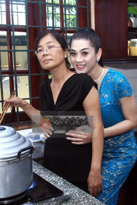 gia dinh nu ca si lam chi khanh giau co nay khien fan ne phuc hinh anh 11