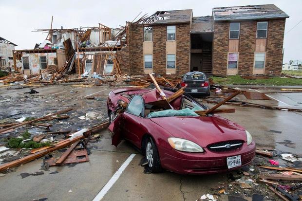 Giữa cuồng quay siêu bão Harvey, nhiều người dân Mỹ vẫn chung tay làm một việc khiến thế giới nể phục - Ảnh 6.