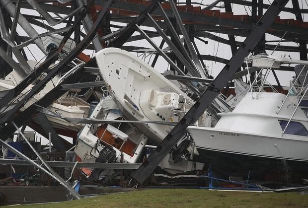 Giữa cuồng quay siêu bão Harvey, nhiều người dân Mỹ vẫn chung tay làm một việc khiến thế giới nể phục - Ảnh 10.