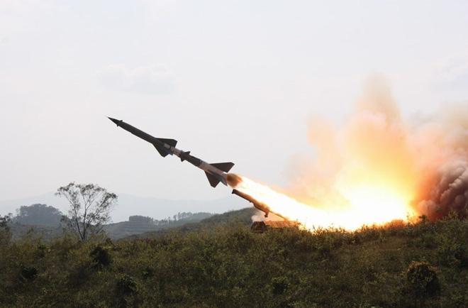 S-75 nâng cấp theo công nghệ S-300 của Việt Nam chuẩn bị bắn kiểm tra tính năng - Ảnh 1.
