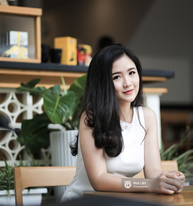 Hoàng Hậu Phương Đông: Từ cô bạn có cái tên lạ đến nữ sinh tài năng được bắt tay cựu Tổng thống Mỹ Obama - Ảnh 4.