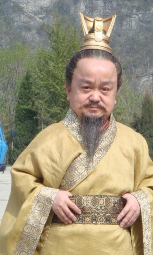 Chỉ cao hơn 1 mét, sao nam Thiên Long Bát Bộ vẫn có tổ ấm hạnh phúc bên bà xã kém 18 tuổi - Ảnh 7.