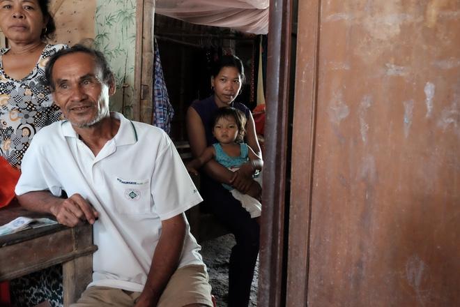 Gần 500 người đã ủng hộ hơn 200 triệu cho người mẹ điên chăm con gái sơ sinh 15 ngày tuổi không có cha - Ảnh 15.