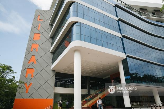 Thư viện sang chảnh 129 tỷ của ĐH Tôn Đức Thắng: Rộng 7 tầng, thoải mái xem phim, chụp ảnh và ngủ lại! - Ảnh 2.
