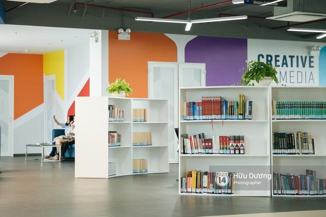 Thư viện sang chảnh 129 tỷ của ĐH Tôn Đức Thắng: Rộng 7 tầng, thoải mái xem phim, chụp ảnh và ngủ lại! - Ảnh 10.