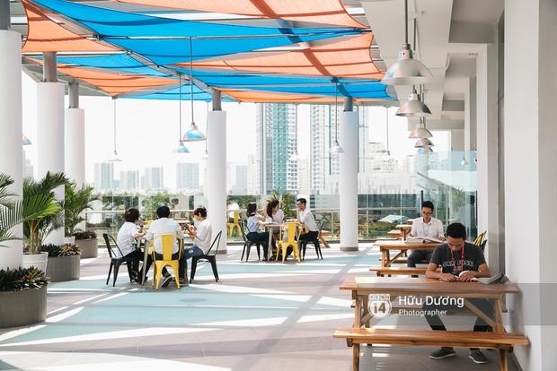 Thư viện sang chảnh 129 tỷ của ĐH Tôn Đức Thắng: Rộng 7 tầng, thoải mái xem phim, chụp ảnh và ngủ lại! - Ảnh 12.