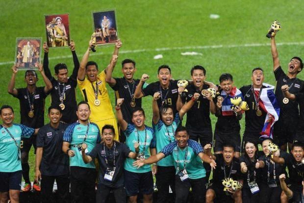 Đội tuyển U22 Thái Lan ngặp trong tiền thưởng sau khi giành HCV SEA Games
