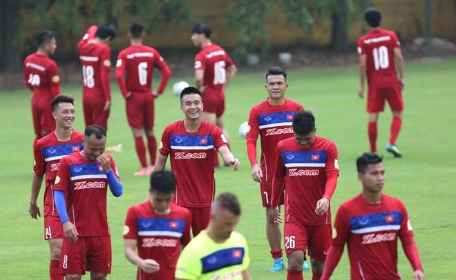 HLV Mai Duc Chung tu tin giup tuyen Viet Nam thang Campuchia hinh anh 3