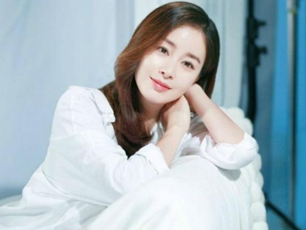 Kim Tae Hee mang bầu 7 tháng vẫn miệt mài kiếm tiền