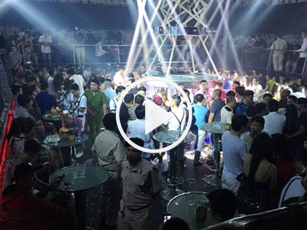 Video: Cảnh sát đột kích bắt ma túy trong quán bar Sài Gòn