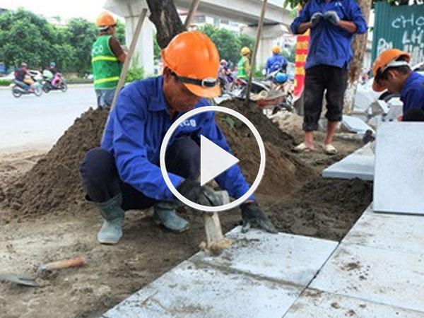 Video: Hà Nội thay vỉa hè gạch đỏ bằng đá xanh