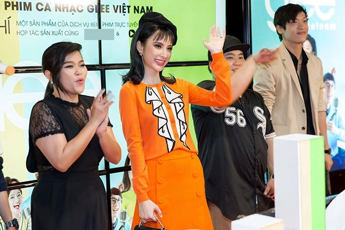 angela-phuong-trinh-hoa-quy-co-xinh-dep-di-su-kien-5