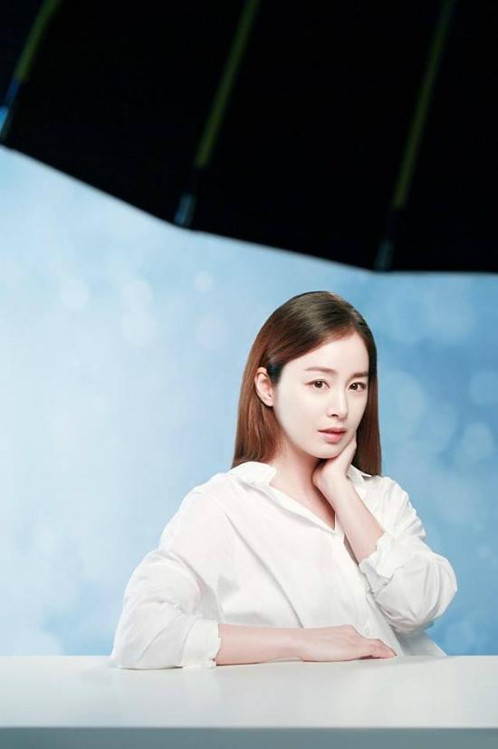kim-tae-hee-bung-bau-vuot-mat-van-xinh-dep-rang-ngoi-2