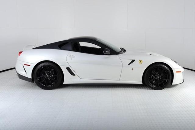Siêu xe hiếm Ferrari 599 GTO giá 16,9 tỷ đồng - 2