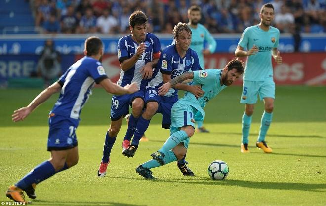 """Barca sinh biến: Giận ông trùm """"tham quyền cố vị"""", Messi sẽ ra đi - 2"""