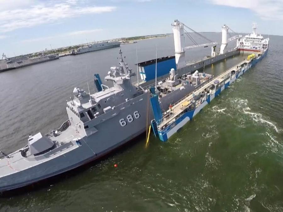 Chiến hạm Gepard Việt Nam sắp về nước trên tàu Rolldock Star - ảnh 6