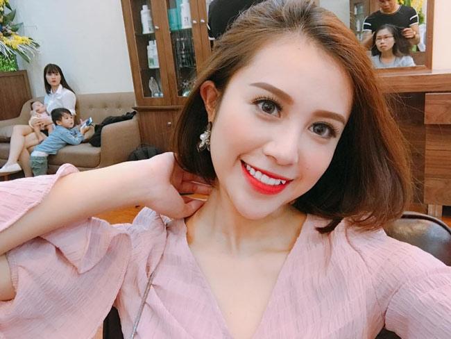 "day da mon mon, hot girl quang ninh van bai duoi tay ""co gai chan khoeo"" hinh anh 2"