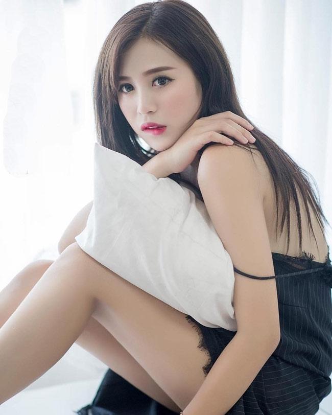 "day da mon mon, hot girl quang ninh van bai duoi tay ""co gai chan khoeo"" hinh anh 19"