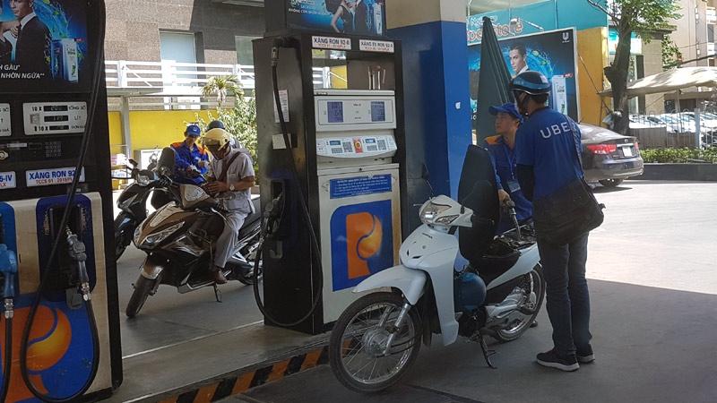 giá xăng, giá xăng dầu, điều chỉnh giá xăng,