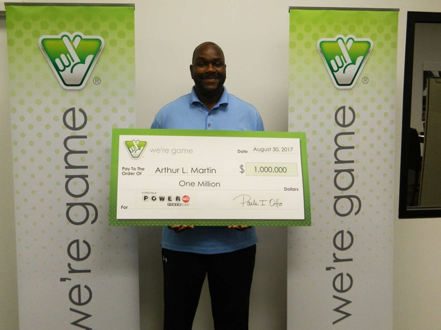 Arthur Martin, người trúng giải xổ số trị giá 1 triệu USD tại Lorton, Virginia. (Nguồn: Xổ số Virginia)