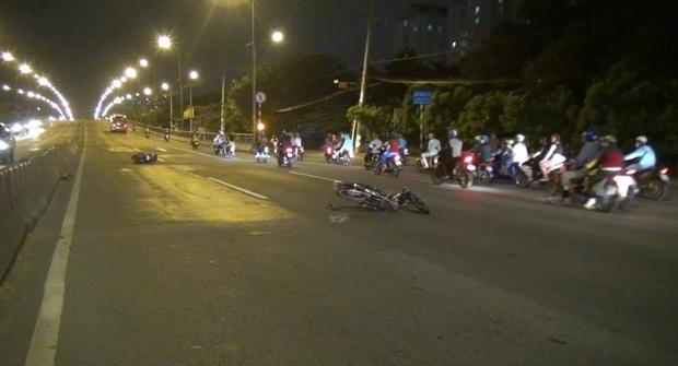 TP. HCM: Hai thanh niên chạy ngược chiều tông người đàn ông nguy kịch trên Quốc lộ 1 - Ảnh 2.