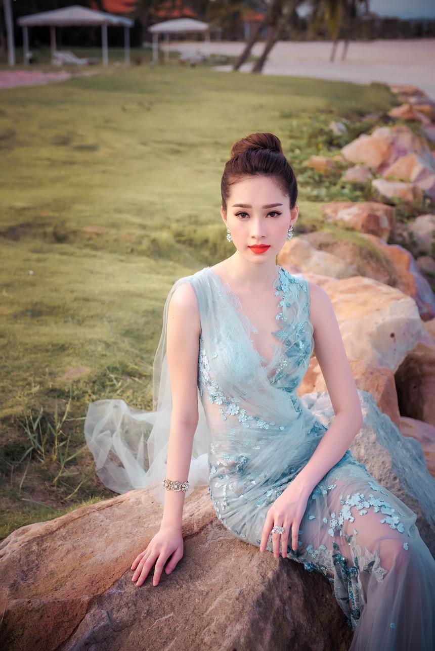 Nhan sac duoc vi 'than tien ty ty' cua Thu Thao sau 5 nam dang quang hinh anh 10